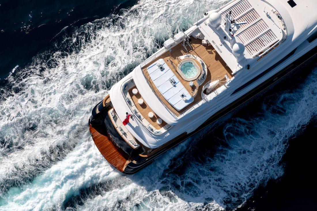 bucks party ideas - hire a yacht