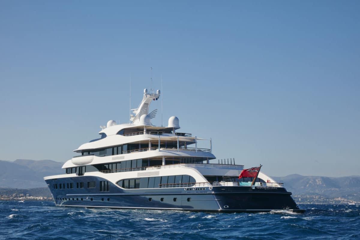 Bernard Arnault Yacht