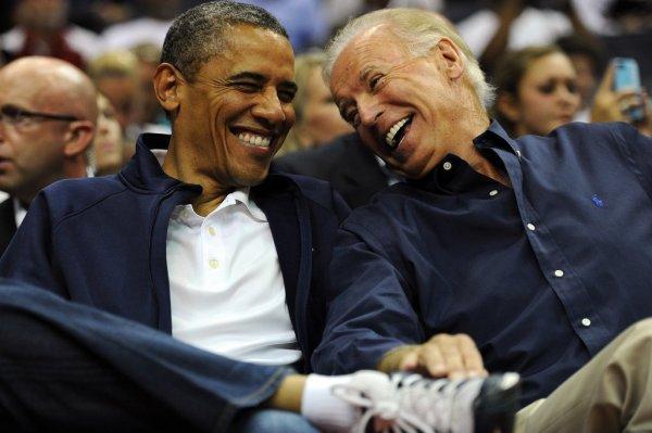 Obama & Joe courtside