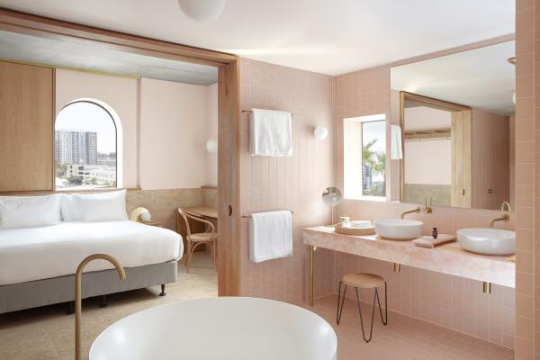 Calile Hotel Room