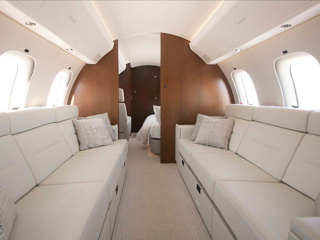 Bombardier Global 7500 lounge