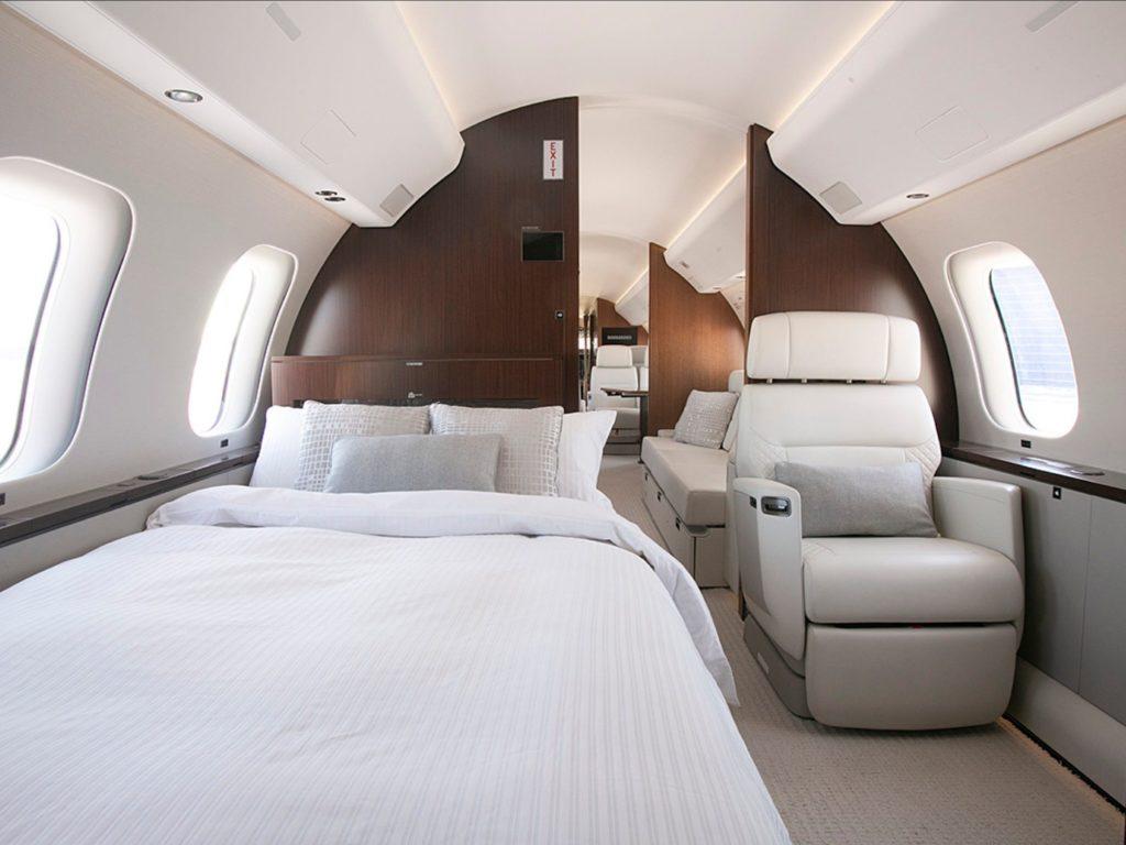 Bombardier Global 7500 Bedroom suite