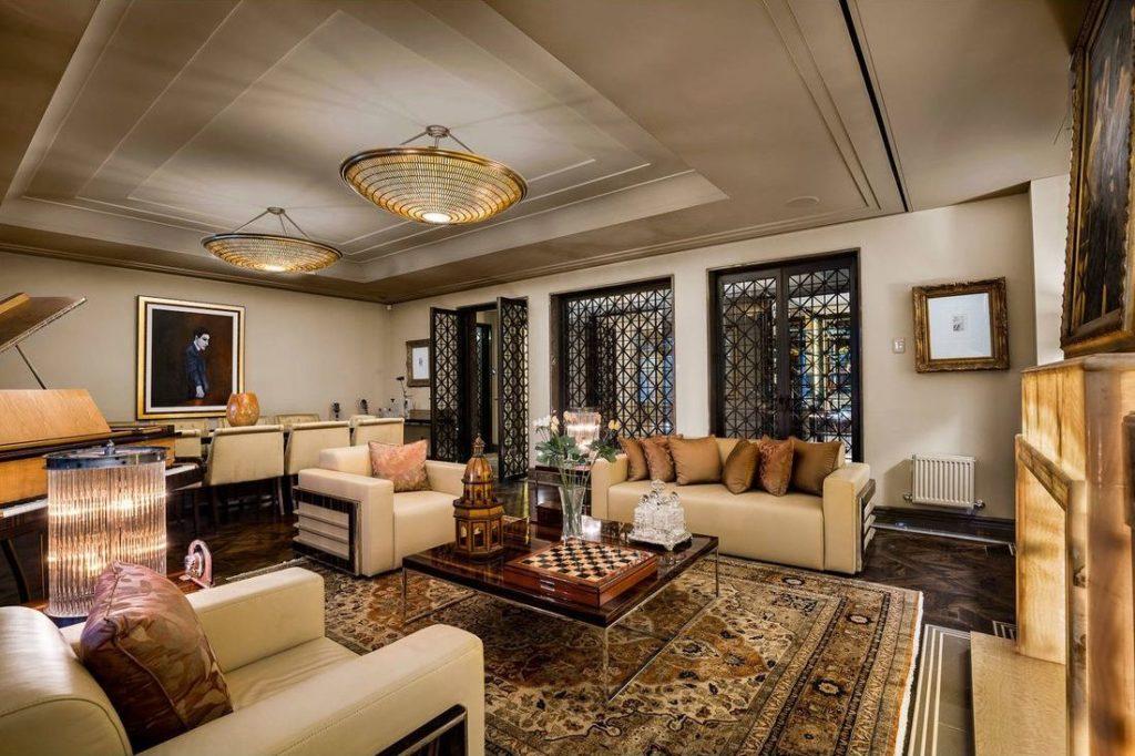 Art Deco Lounge Room