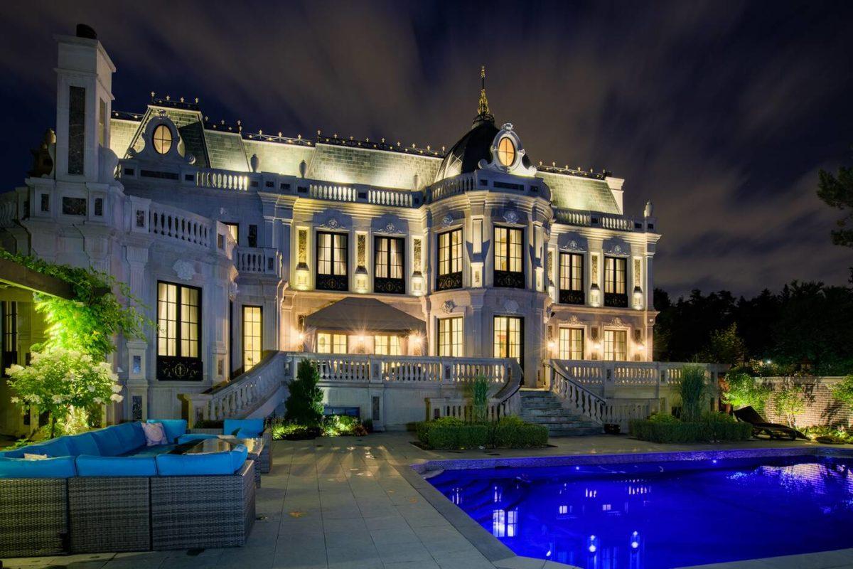 schitt's creek mansion