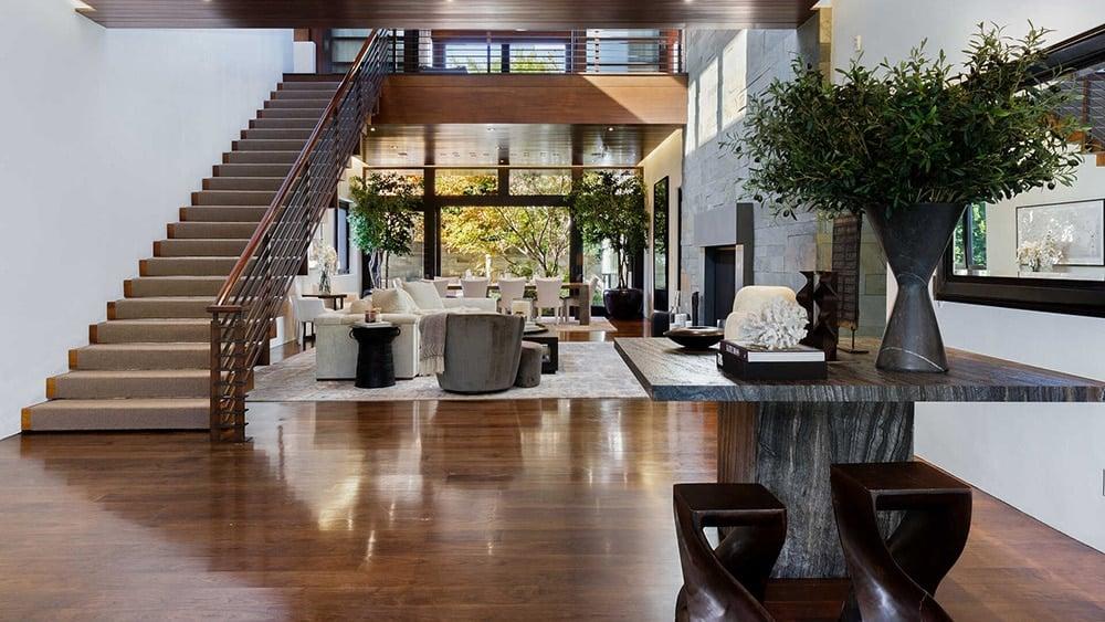Matt Damon high ceilings at zen mansion