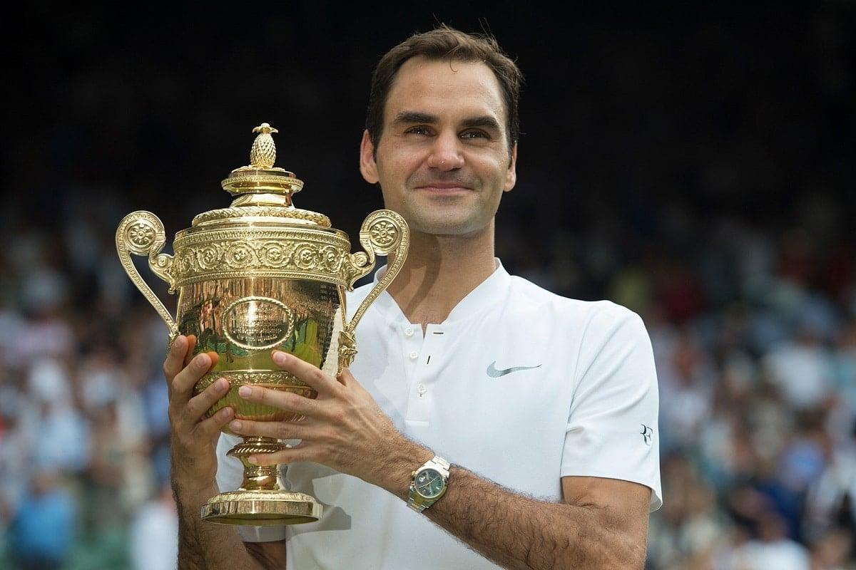 Roger Federer wears a rolex.  luxury watches tennis
