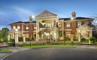 10 Bickhams Court St Kilda Mansion