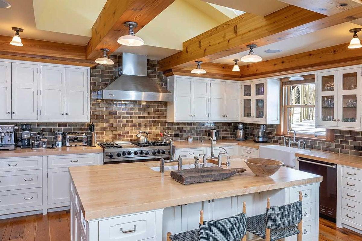 the kitchen at jerry seinfeld's colorado estate