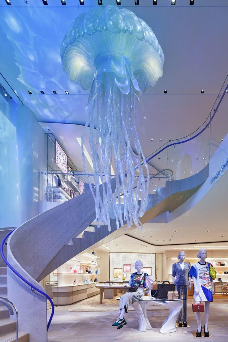 Louis Vuitton Ginza building inside