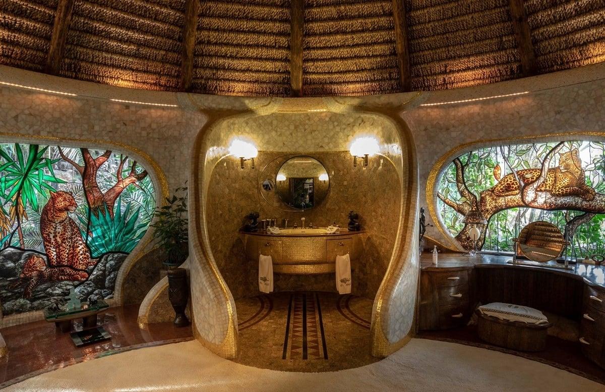 best hotel bathrooms - Kenya