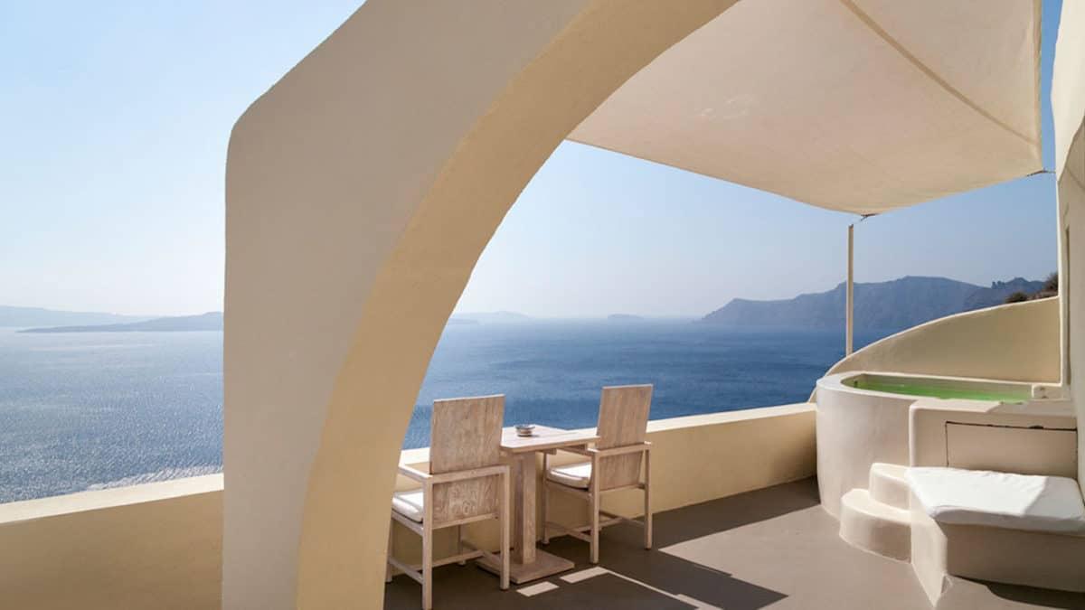 best hotel bathrooms in Greece
