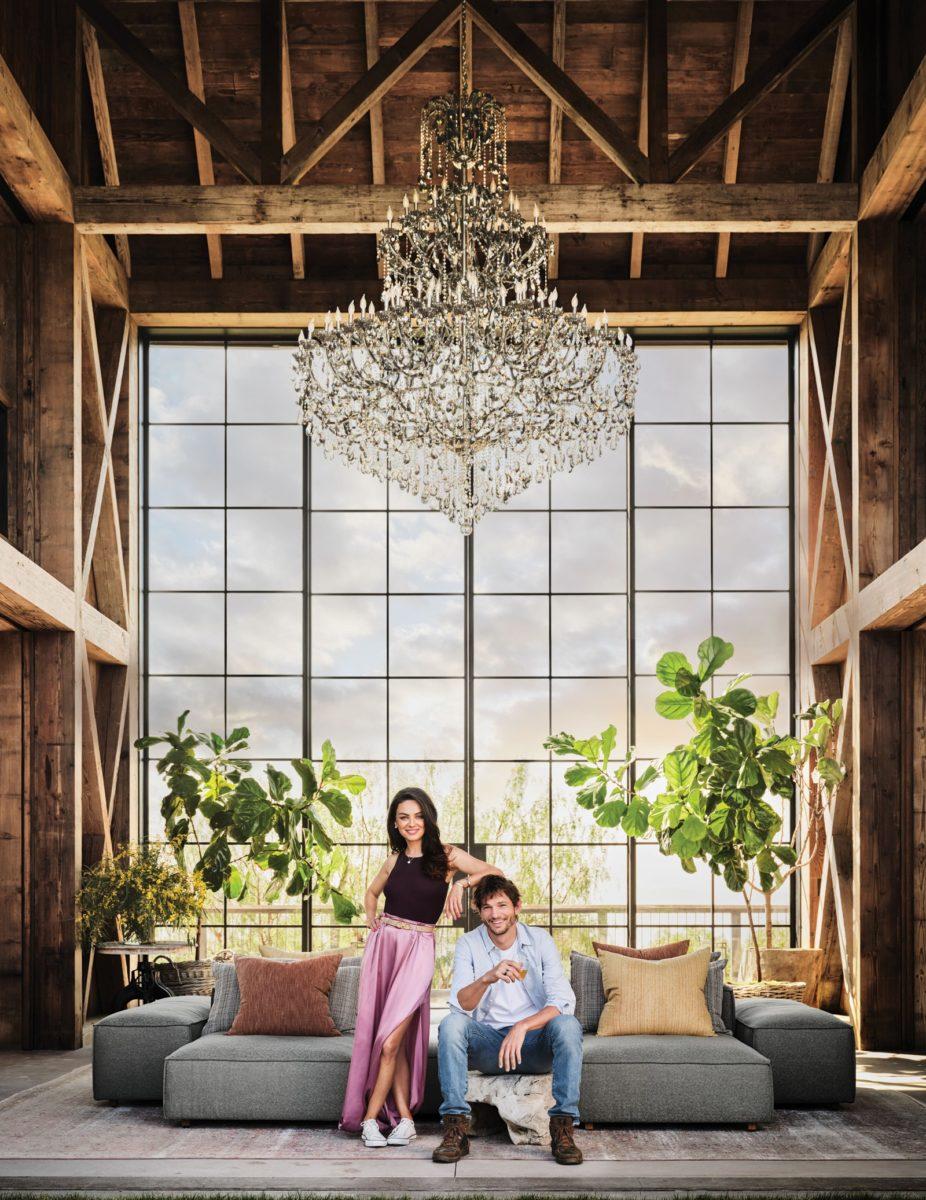 ashton kutcher and mila kunis la farm house