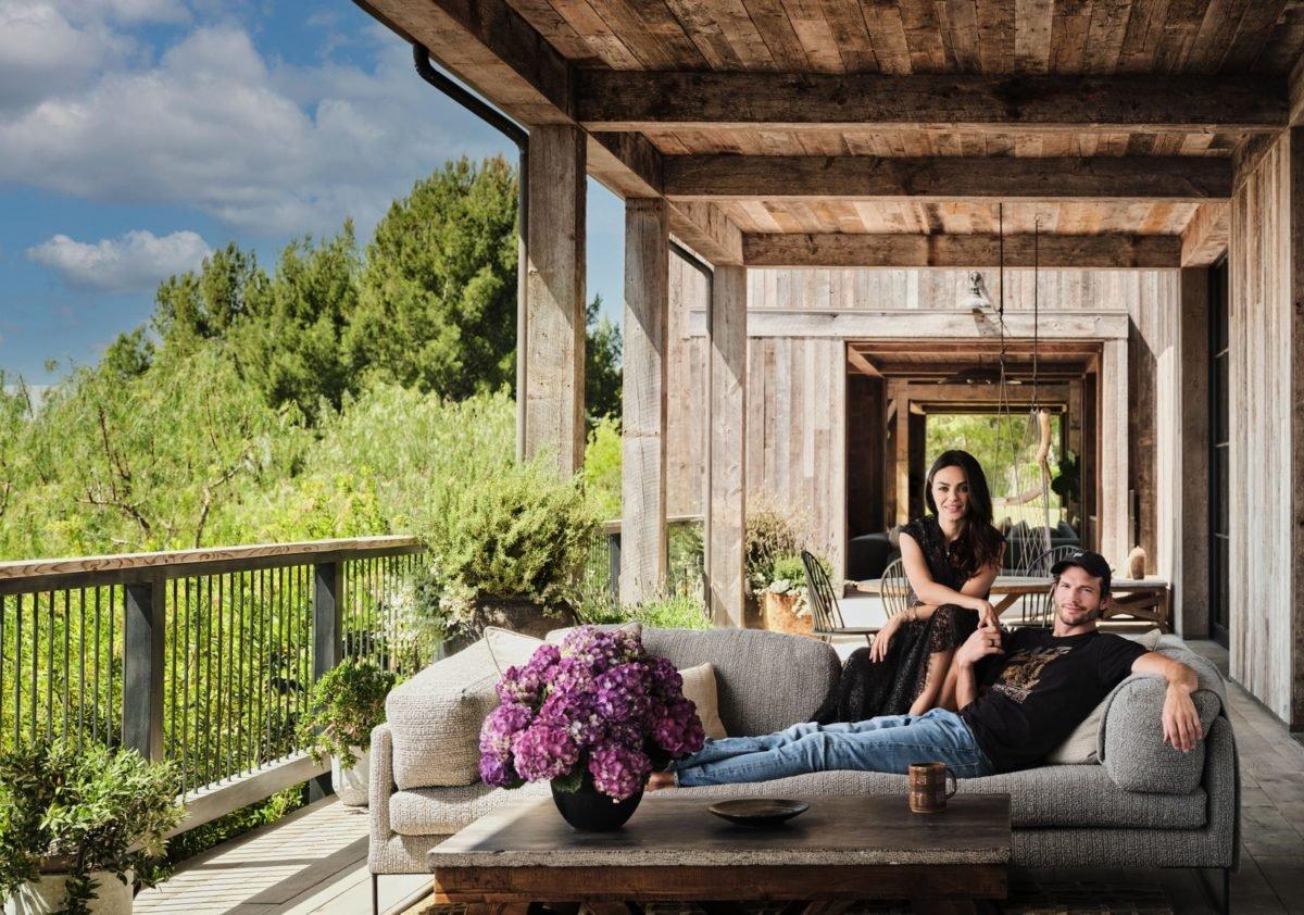 ashton kutcher and mila kunis los angeles farm house