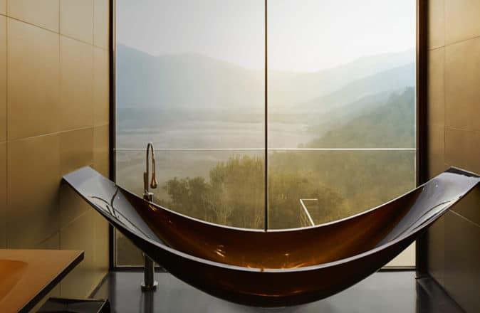 best hotel bathrooms