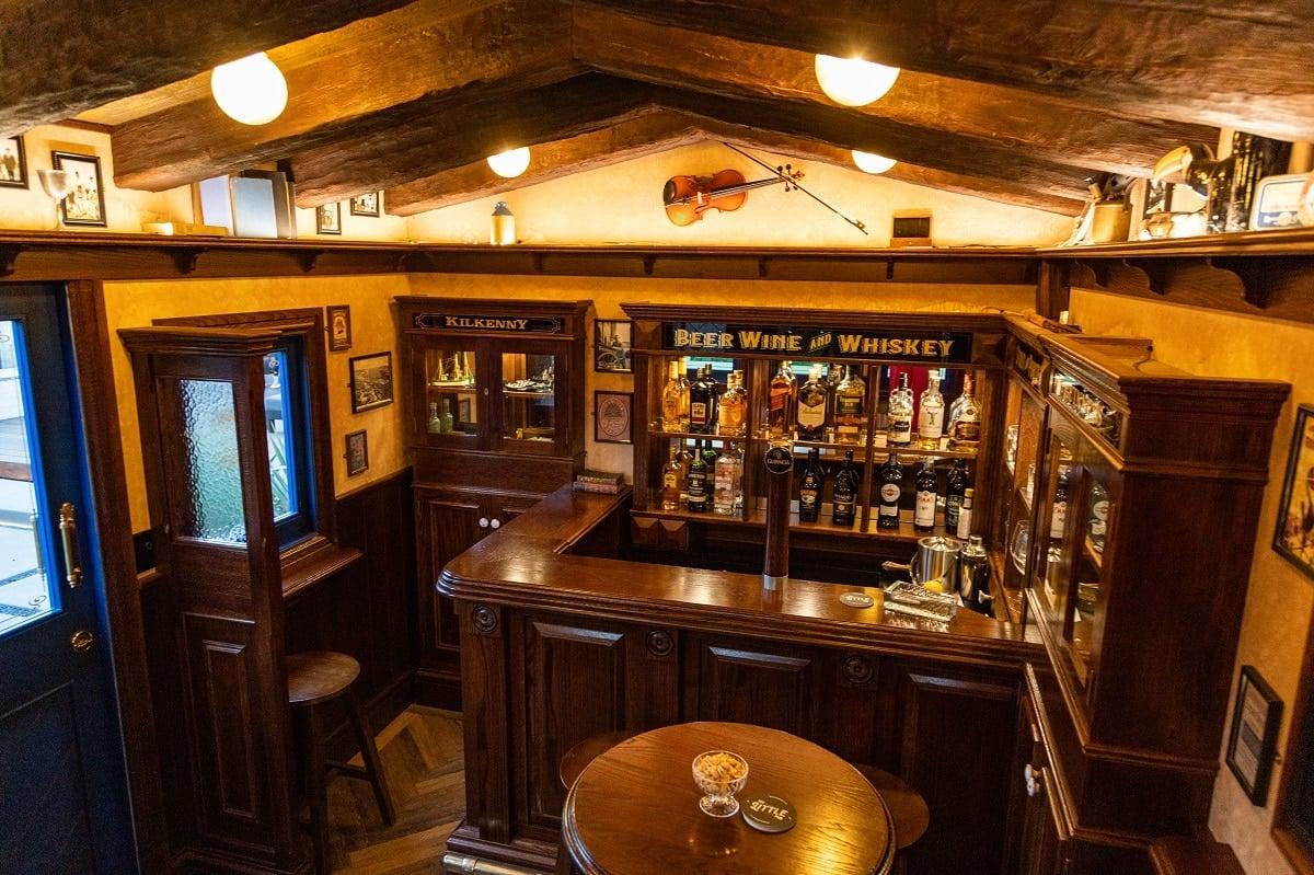 A custom built pub from My Little Pub