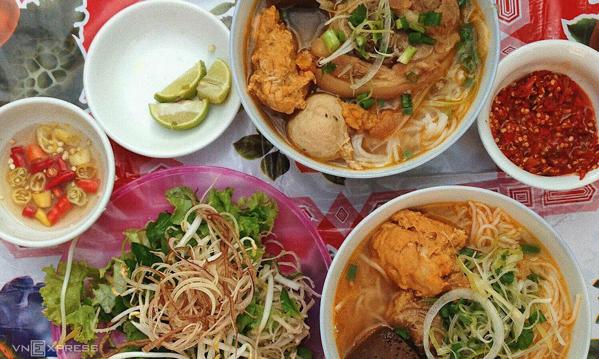 Anthony Bourdain Favourite Restaurants - Bún Bò Huế Kim Chau, Huế