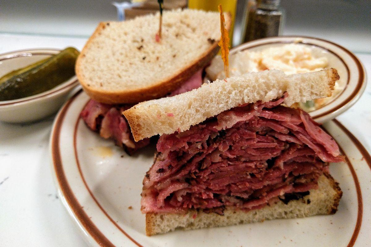 Anthony Bourdain Favourite Restaurants - Pastrami Queen, New York City