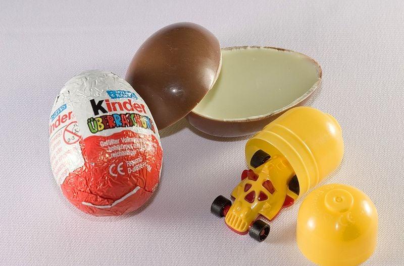 90s snacks australia - kinder surprise