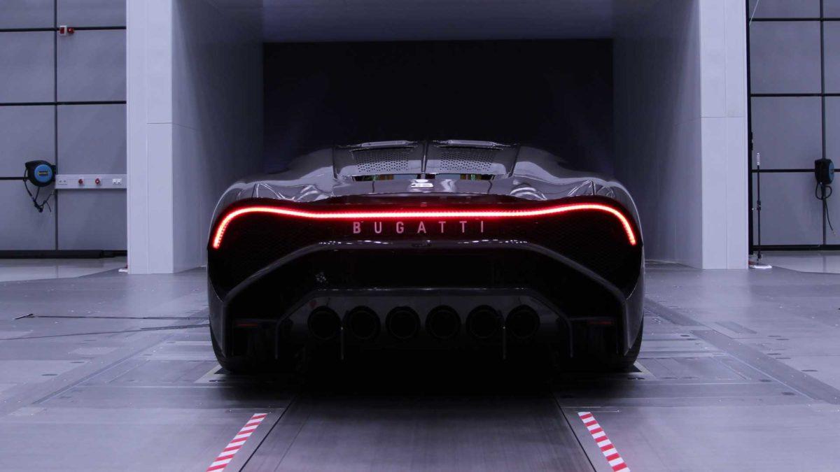 bugatti la voiture noire definitive 11