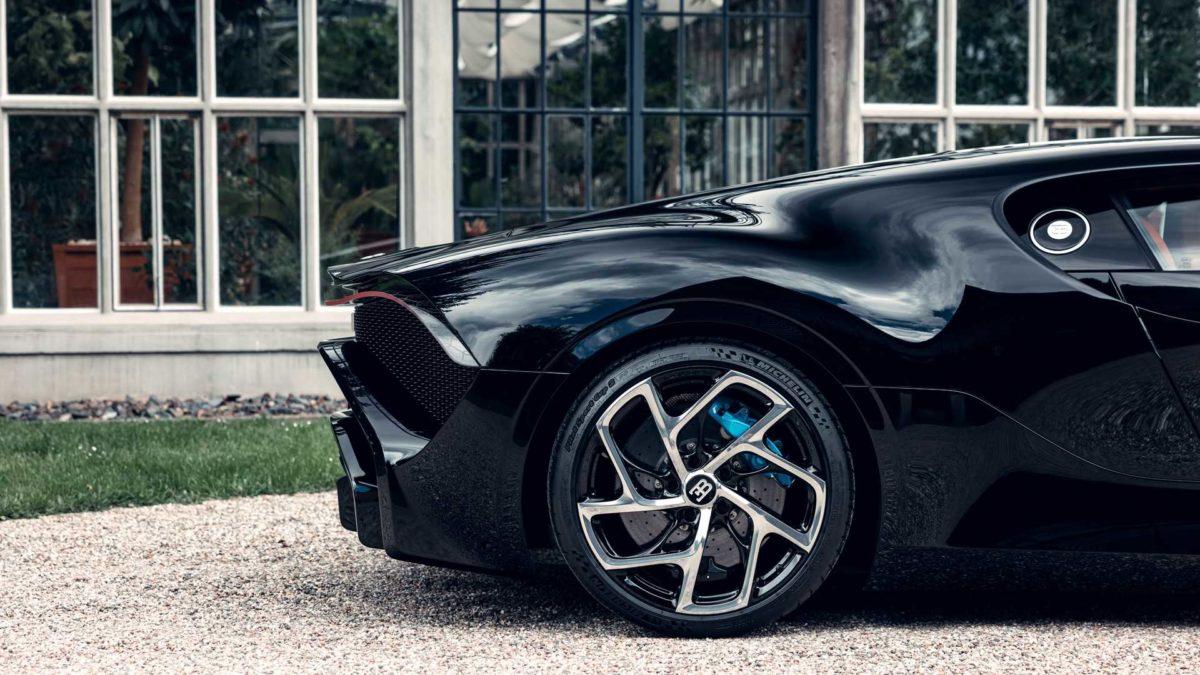 bugatti la voiture noire definitive 16