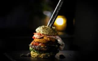 Worlds Most Expensive Burger De Daltons Golden Boy