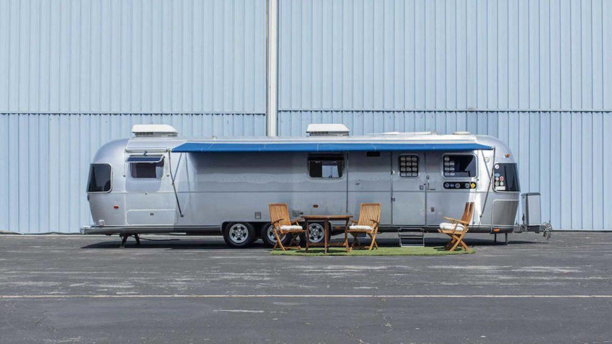 tom hanks 1992 airstream trailer exterior