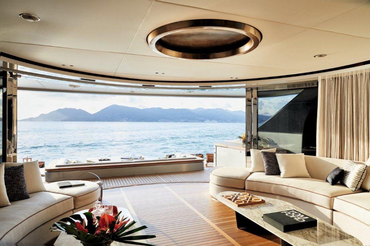 Benetti 40m Deck Interior