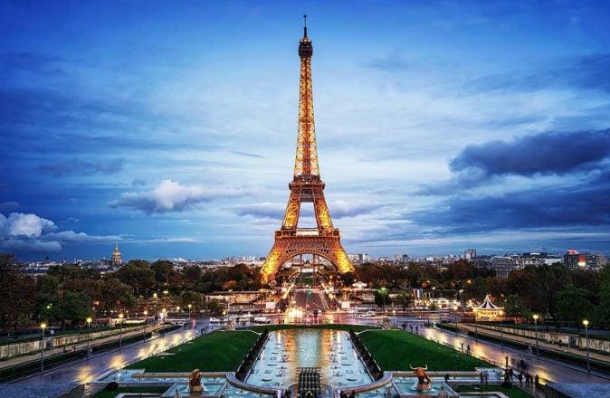 Eiffel Tower Apartment