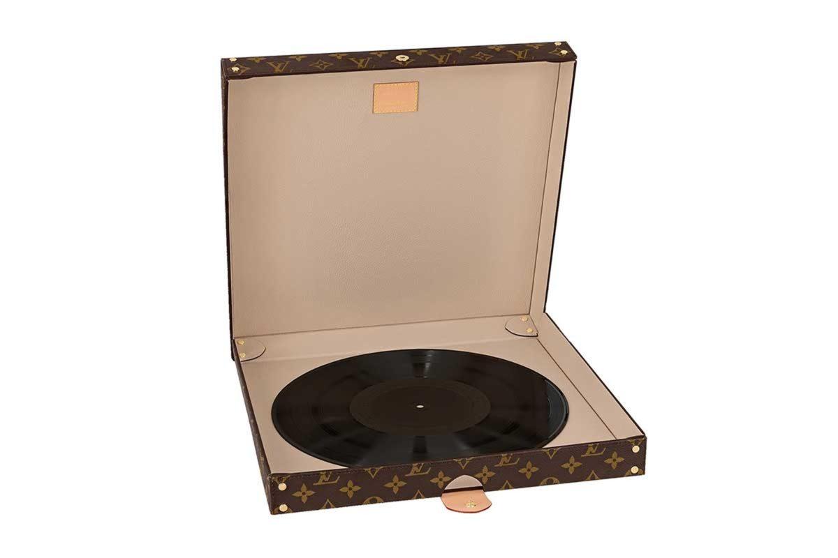 Louis Vuitton Pizza Box1