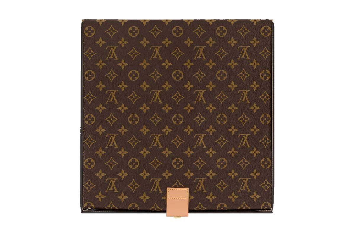Louis Vuitton Pizza Box2