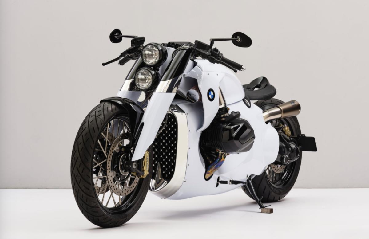 Renard BMW motorbike