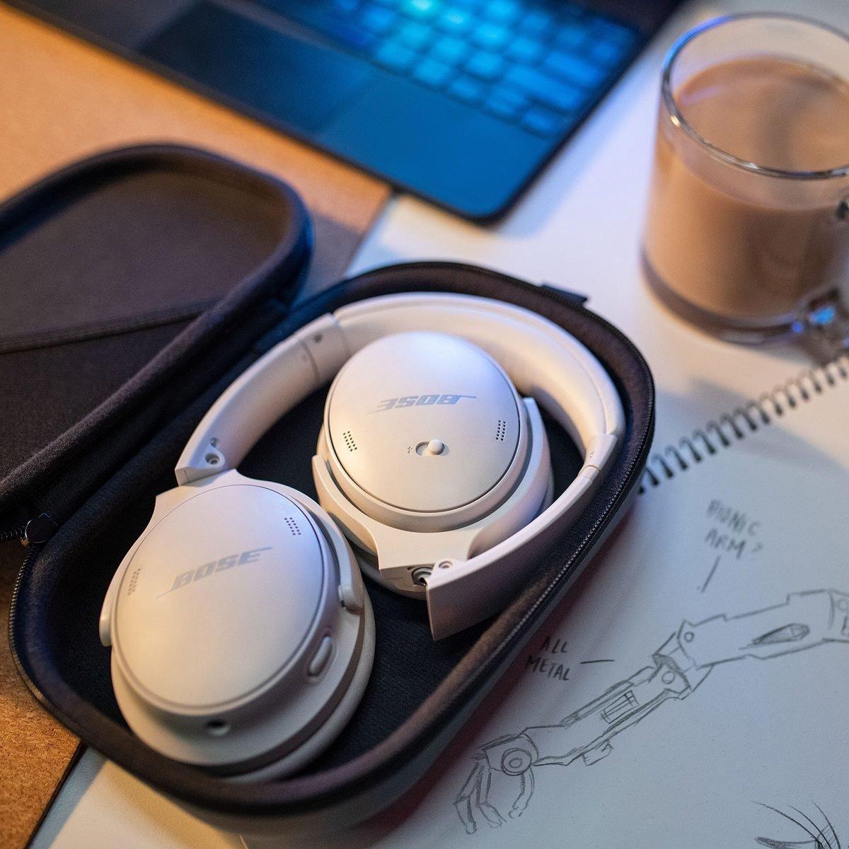 Bose QuietComfort 45 Headphones 2