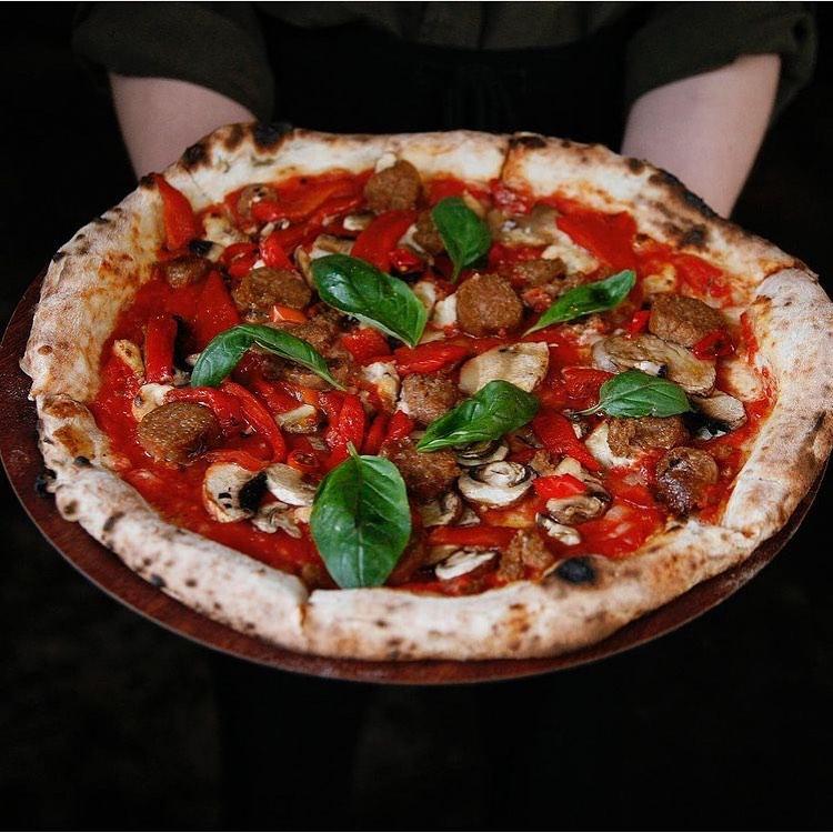 gigis pizza