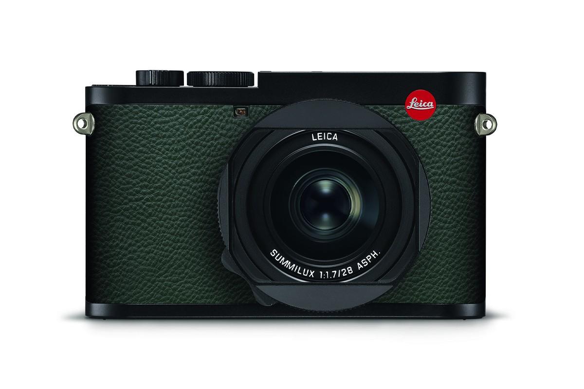 lecia 007 q2 camera drops for $11,000