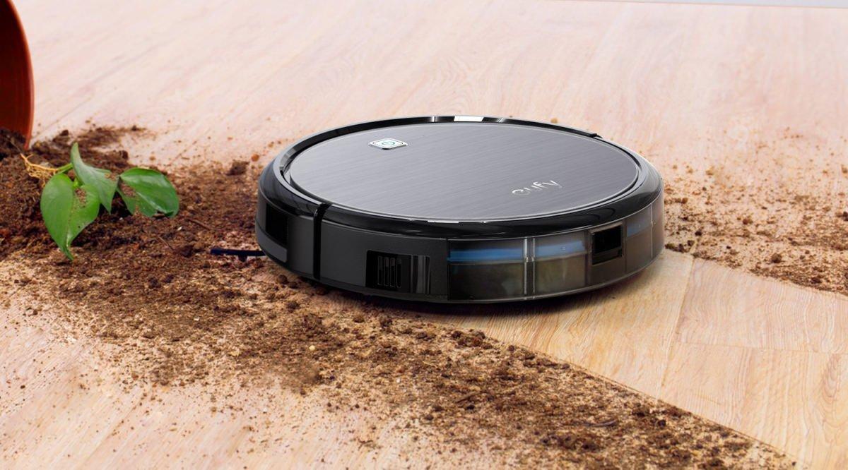 robot vacuum cleaner pic