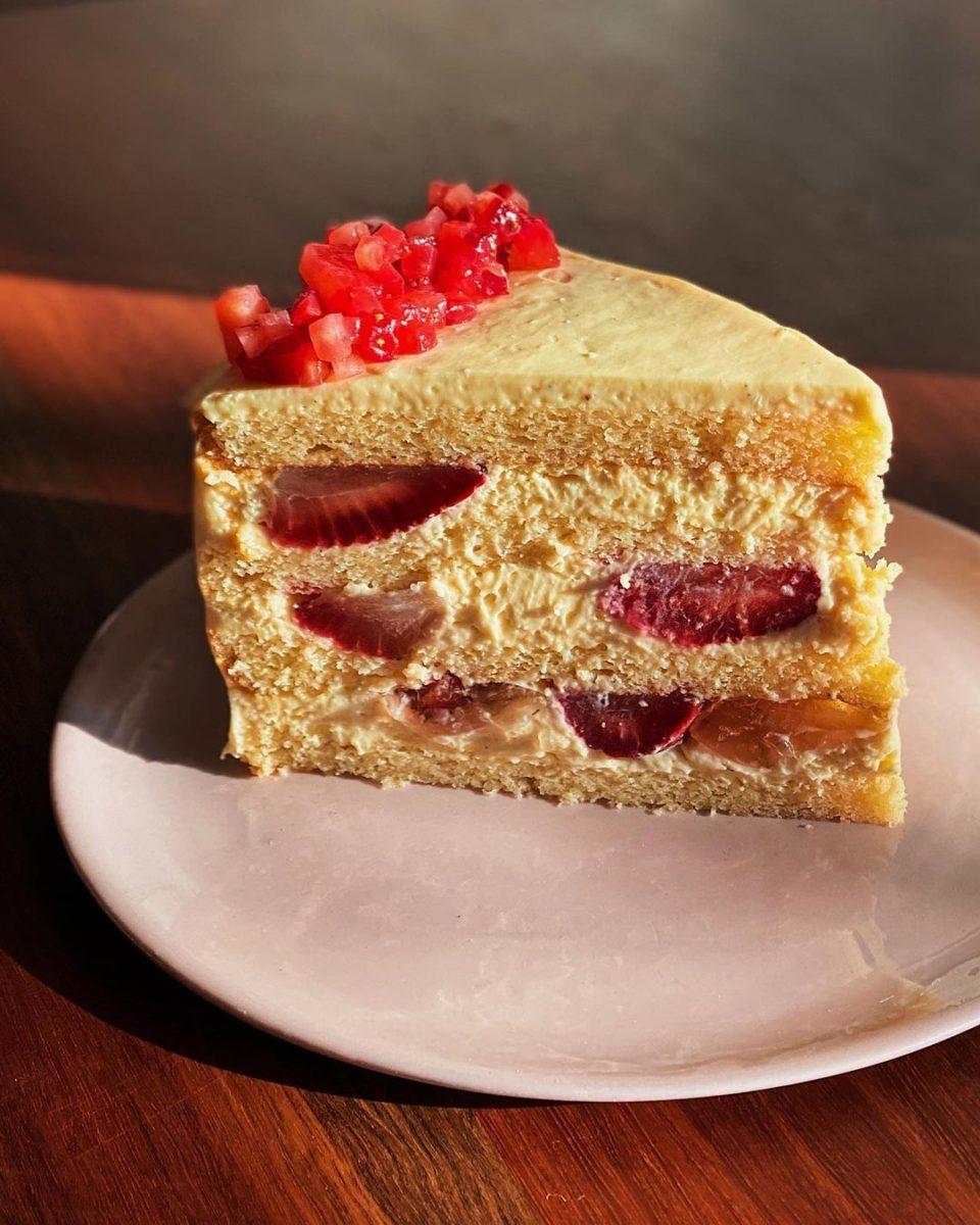 sixpenny strawberry cake
